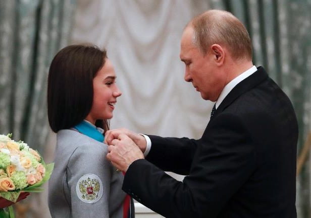Fellow dog lovers Putin and Zagitova