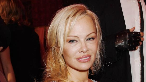 a close up of Pamela Anderson