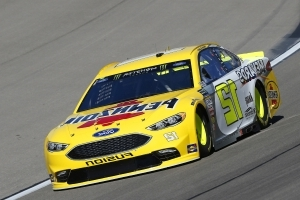 Pole-sitter Ryan Blaney paces final practice at Las Vegas