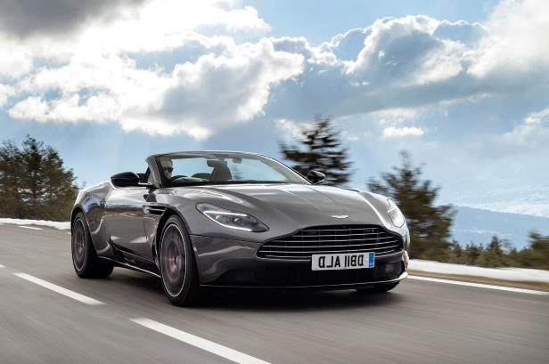 Reviews 2019 Aston Martin Db11 Volante First Drive Roofless Beauty