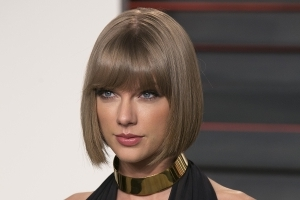 Taylor Swift announces 'Delicate' video coming soon