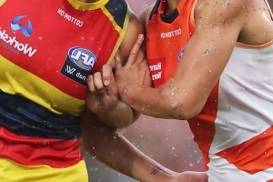 AFLW player claims she was sexually harassed by opponent during game