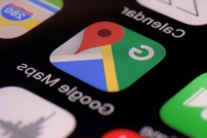 Google Maps lets businesses promote themselves as women-led