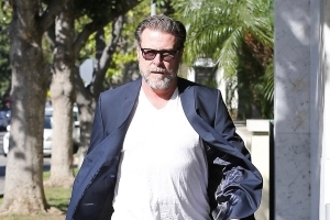 Dean McDermott Seen at Lawyer's Office After Police Called to Tori Spelling's Doctor