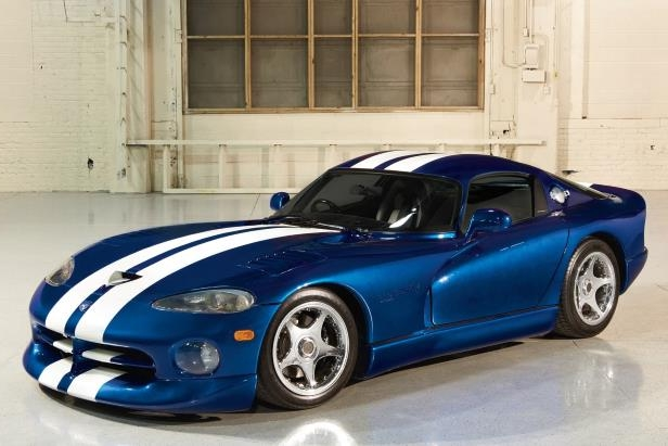 Enthusiasts: How to Buy an Early Viper without Getting