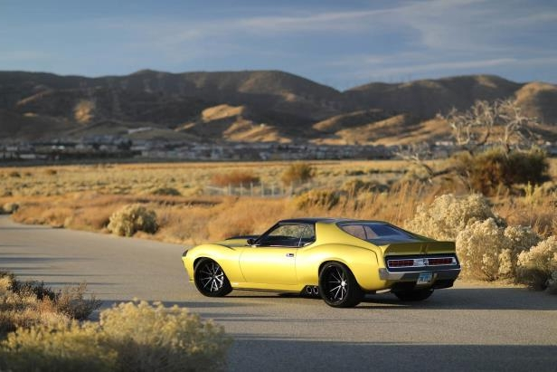 Slide 36 of 38: 036-1972-AMC-Javelin-AMX-Ringbrothers.jpg