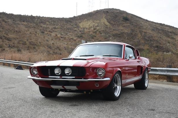 Slide 40 of 50: Shelby-GT-500CR-front-three-quarter-07.jpg