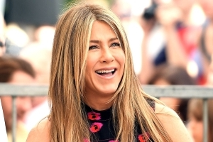Jennifer Aniston Has Post-Split Night Out With Her Girlfriends at Molly McNearney's Birthday Party: Pics