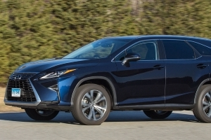 2018 Lexus RX L Adds a Cramped Third Row, but We Love the Extra Cargo Space