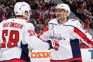 Kuznetsov marvels at Ovechkin's milestone: 'Holy f--- that's a lot of goals'