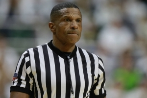 Ref Valentine not assigned for NCAAs; says payback for Berry incident