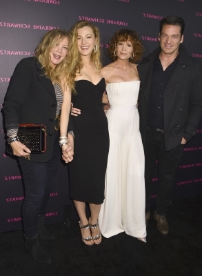 a group of people posing for a photo: Bart Johnson, Robyn Lively, Blake Lively and Elaine Lively