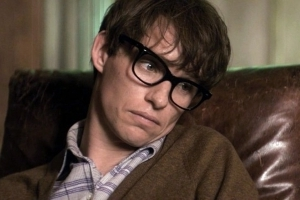 Eddie Redmayne, Who Played Stephen Hawking in 'Theory of Everything,' Pays Tribute to 'Astonishing' Scientist