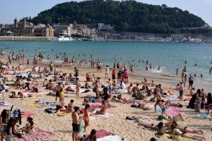 Travel firms 'fail' on Brexit holiday rights