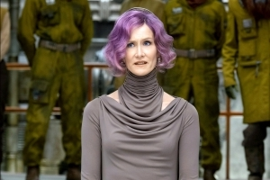 "Charming Proof Laura Dern Kept Saying ""Pew"" While Shooting Her Last Jedi Blaster"