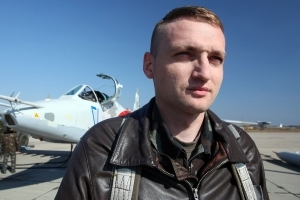 Pilot blamed by Russia for MH17 crash dies