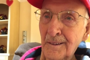 For this man's 100th birthday, hundreds of strangers are sending him cards