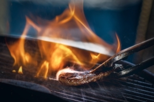 Grilled Meat, High-Heat Cooking Raise Risk Of High Blood Pressure