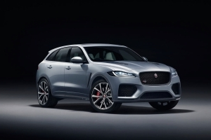 550-HP 2019 Jaguar F-Pace SVR is the V-8 Variant We've Been Waiting For