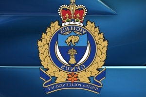 Police investigate after man stabbed and possibly ran-over in Regina