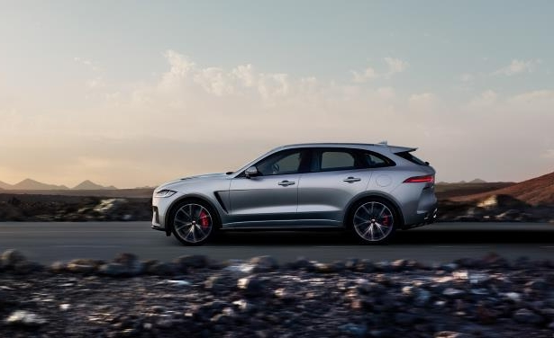 Slide 3 of 25: 2019 Jaguar F-Pace SVR
