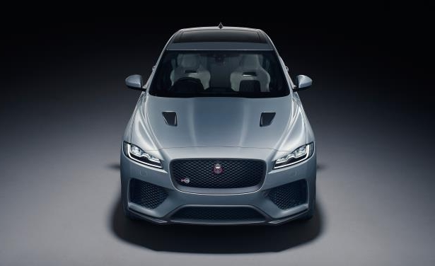 Slide 6 of 25: 2019 Jaguar F-Pace SVR