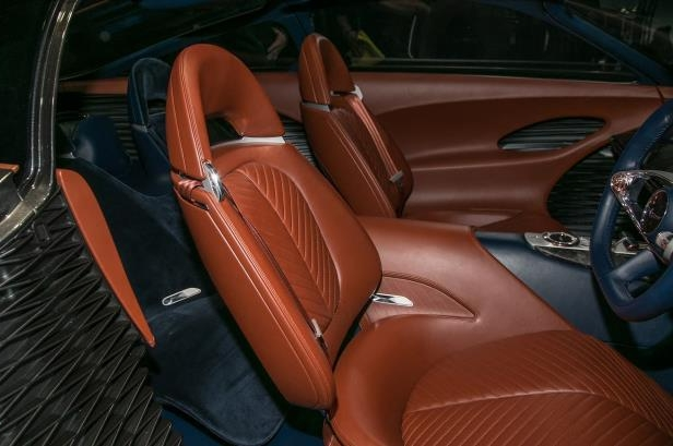 Slide 9 of 26: Genesis-Essentia-Concept-front-interior-seats-01.jpg