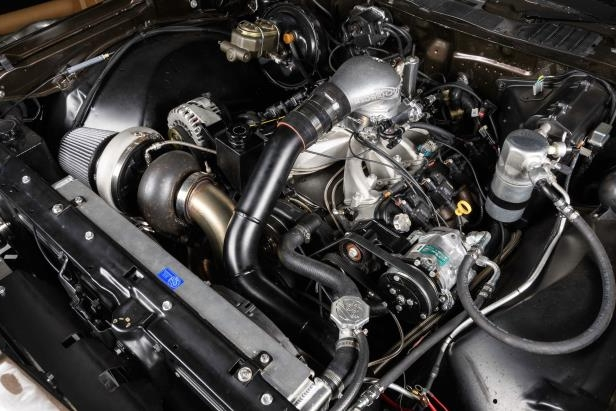 Enthusiasts: Holley Super Sniper EFI Makes Up To 1,250 HP For Just
