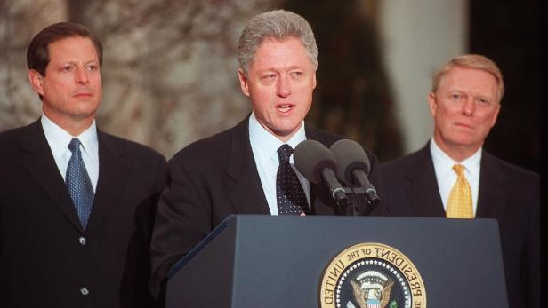 Dick Gephardt, Bill Clinton, Al Gore are posing for a picture