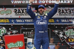 Peter Dawson: NASCAR vets like Jimmie Johnson still have plenty left in tank