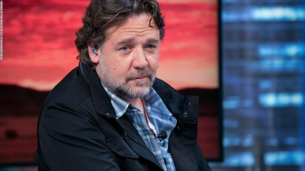 MADRID, SPAIN - APRIL 20: Russell Crowe attends 'El Hormiguero' Tv show at Vertice Studio on April 20, 2015 in Madrid, Spain. (Photo by Pablo Cuadra/Getty Images)