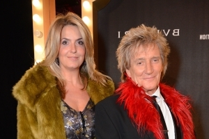 See Rod Stewart with all four of his sons, ages 7 to 37