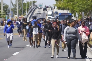 Miami students walk out to protest off-campus gun violence