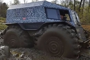 Russia's Unstoppable 4x4 Finally Meets Its Match In Texas