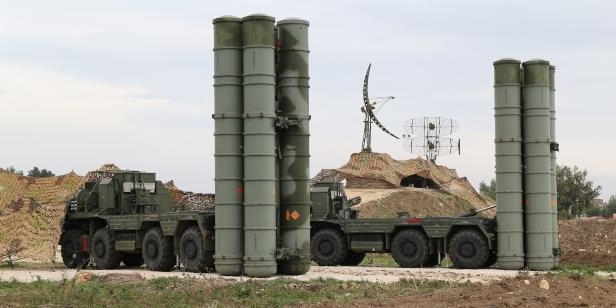 a truck is parked on the side of a vehicle: S-400 Syria