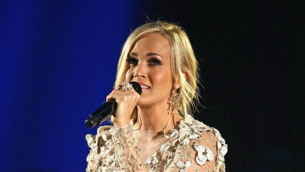 Carrie Underwood Sings About 'Falling Apart' in New Single 'Cry Pretty'