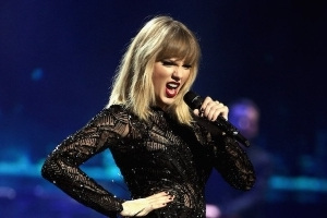 Taylor Swift Trespasser Sentenced to Jail