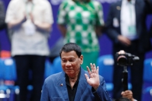 Philippines' Duterte apologizes to Suu Kyi for Myanmar 'genocide' remark