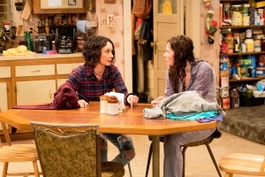 Sara Gilbert Praises 'Roseanne' Costar Emma Kenny for Seeking Treatment