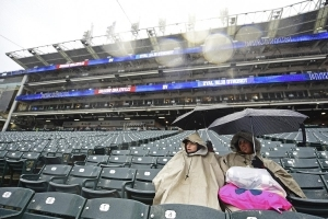 Blue Jays game in Cleveland postponed by rain, rescheduled for May