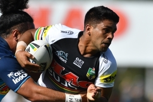Penrith Panthers five-eighth Tyrone Peachey sarcastically claps Bryce Cartwright off as he gets sent to sin-bin