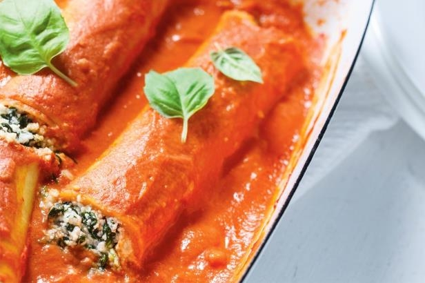Spinach and ricotta canneloni with rosé sauce will be a new family favourite in no time.