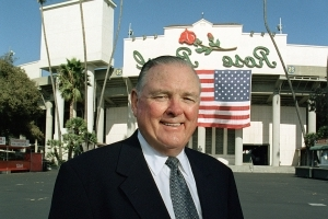 Whoa, Nellie: Keith Jackson remembered at Rose Bowl