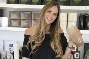 Why Elle Macpherson eats chocolate mousse for breakfast: Ageless supermodel, 54, shares the surprising tips and tricks she's adopted to help maintain her incredibly flat stomach