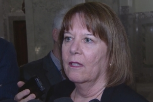 Bill to limit oil exports to B.C. no bluff, Alberta energy minister says