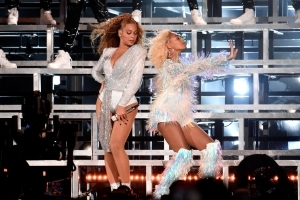 Beyoncé Suffers Human Error, Falls on Coachella Stage
