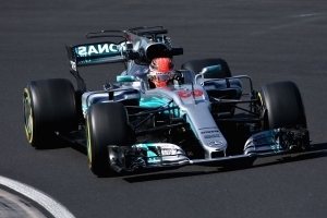 Mercedes junior Russell set to test for two F1 teams