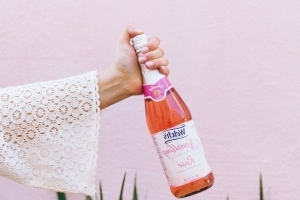 Non-Alcoholic Rosé Is Here So Even More People Can #RoséAllDay