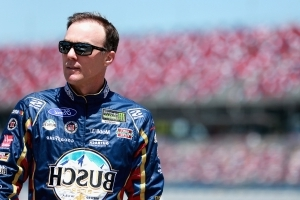 Harvick, eyeing 4th win of year, to start on Talladega pole