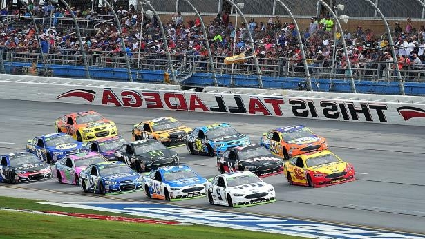 a car driving on a race track: Talladega Superspeedway, Getty Images